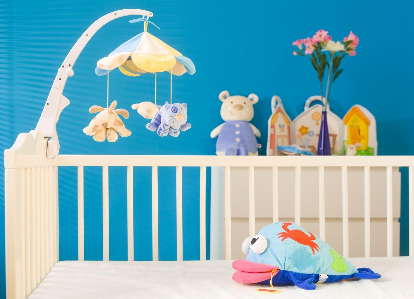 D coration de chambre de b b r aliser une jolie chambre pour b b for Les accessoire chambre bebe oran