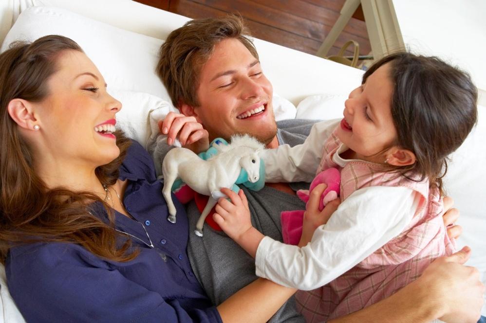 adopter un enfant en couple. Black Bedroom Furniture Sets. Home Design Ideas