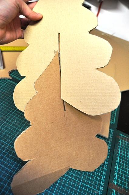 Fabriquer un sapin en carton - Faire un sapin en carton ...
