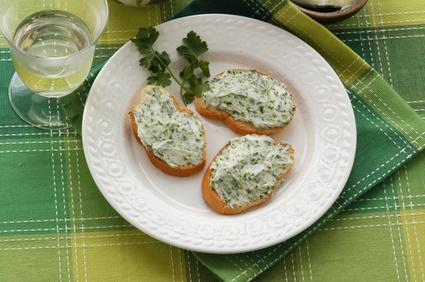 Recette du beurre maître d'hôtel - Cuisine - Pratique.fr