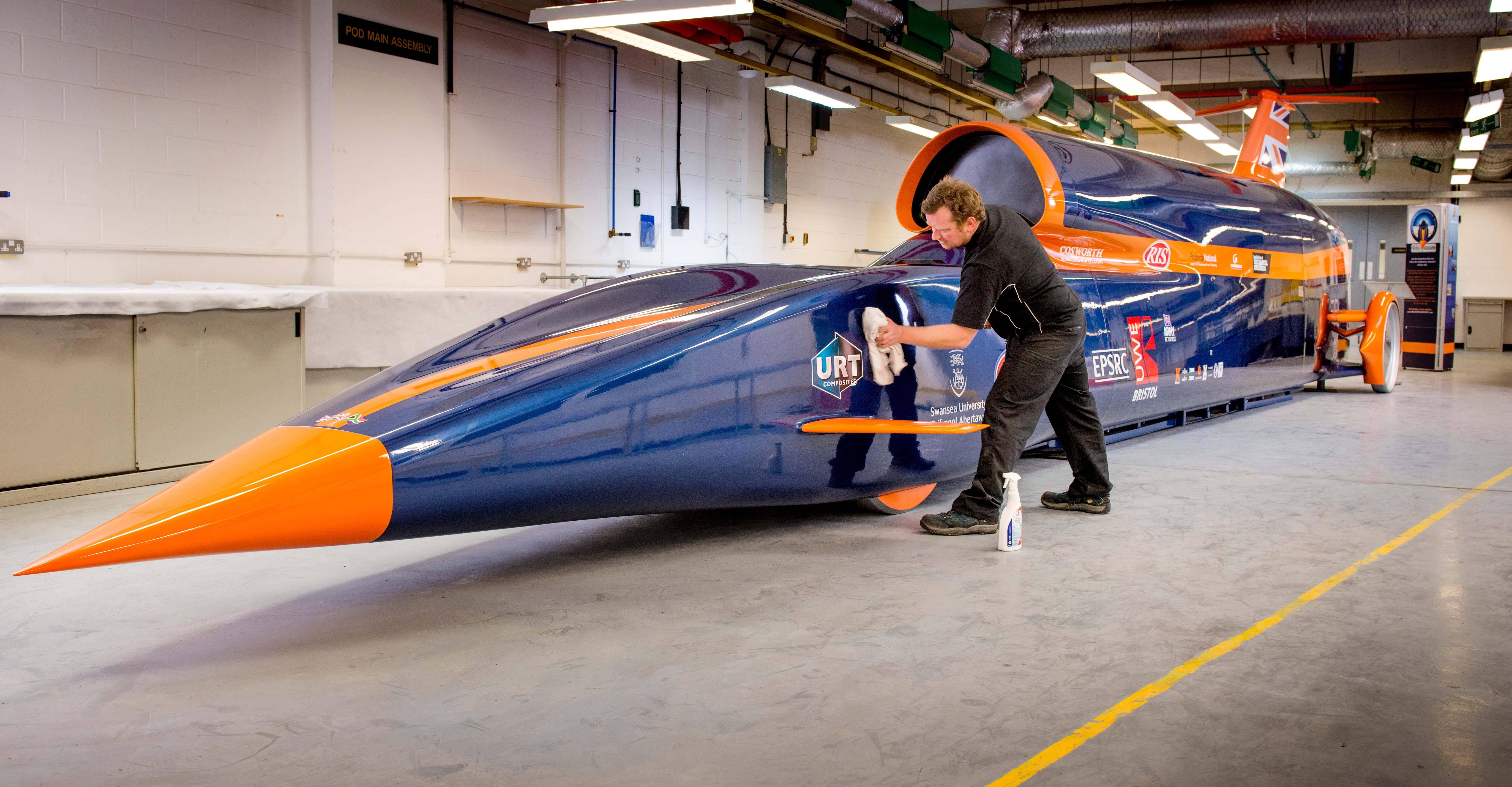 Une voiture six fois plus rapide qu une formule 1 en chantier londres - Voiture les plus rapide ...
