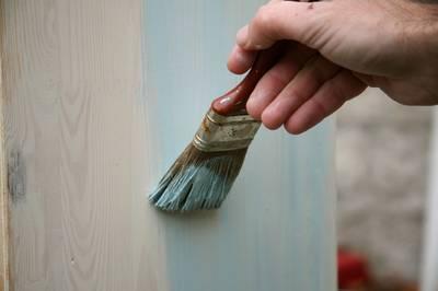 ceruser un meuble verni amazing nice peindre un meuble vernis en ceruse photo comment donner un. Black Bedroom Furniture Sets. Home Design Ideas