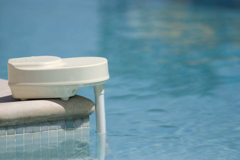 alarme de piscine faire le bon choix. Black Bedroom Furniture Sets. Home Design Ideas