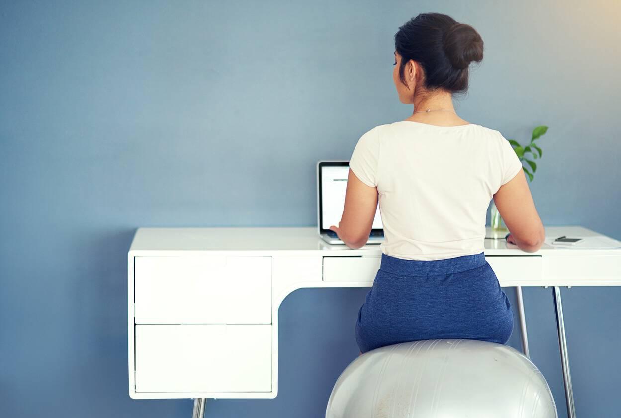 Comment choisir ses meubles de bureau en fonction de l for Fonction meuble