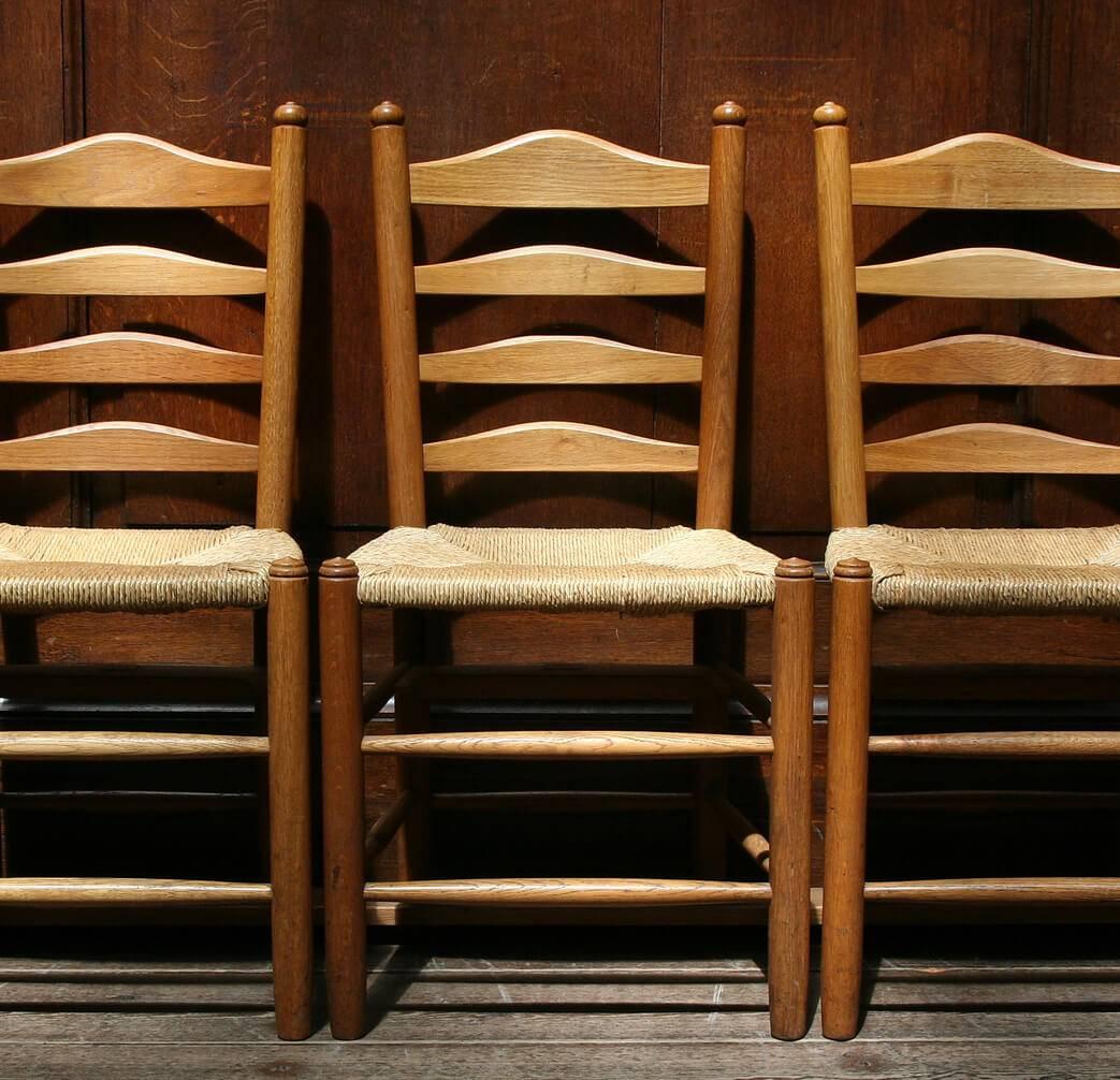 Comment Restaurer Une Chaise En Bois comment faire briller vos chaises en bois ? | pratique.fr