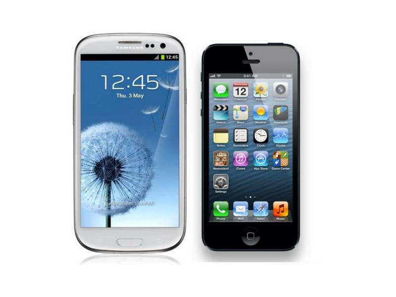 comparatif de smartphones l 39 iphone 5 face au samsung galaxy s3. Black Bedroom Furniture Sets. Home Design Ideas