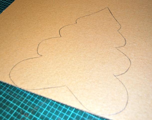 Fabriquer un sapin en carton - Sapin a dessiner ...