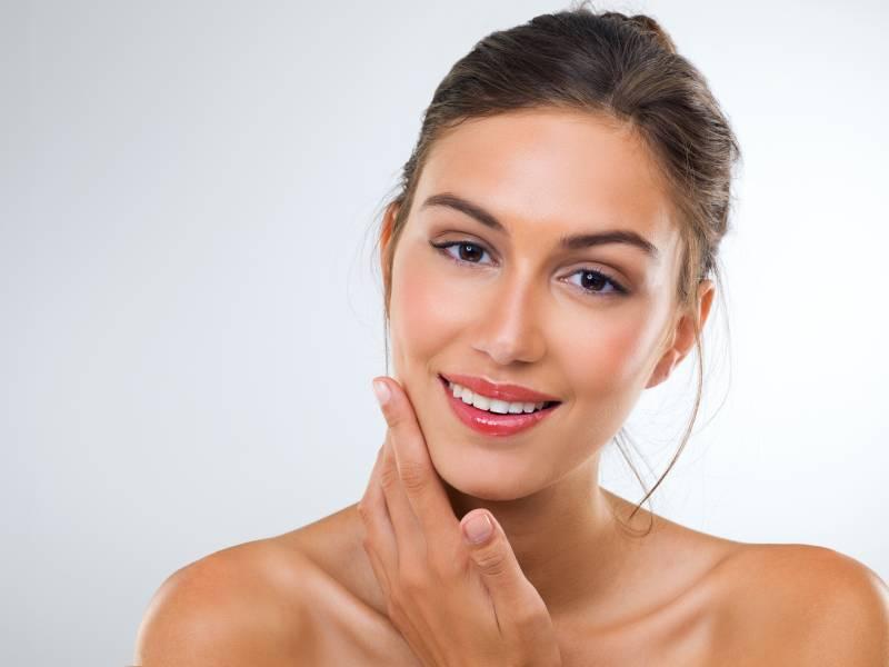 Lèvres nude: comment faire
