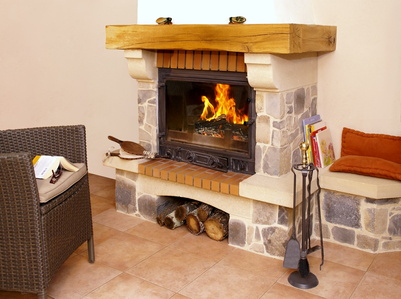 Installer un r cup rateur de chaleur dans une chemin e for Recuperateur chaleur cheminee foyer ferme