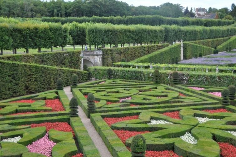 Jardin la fran aise for Les compagnons des jardins