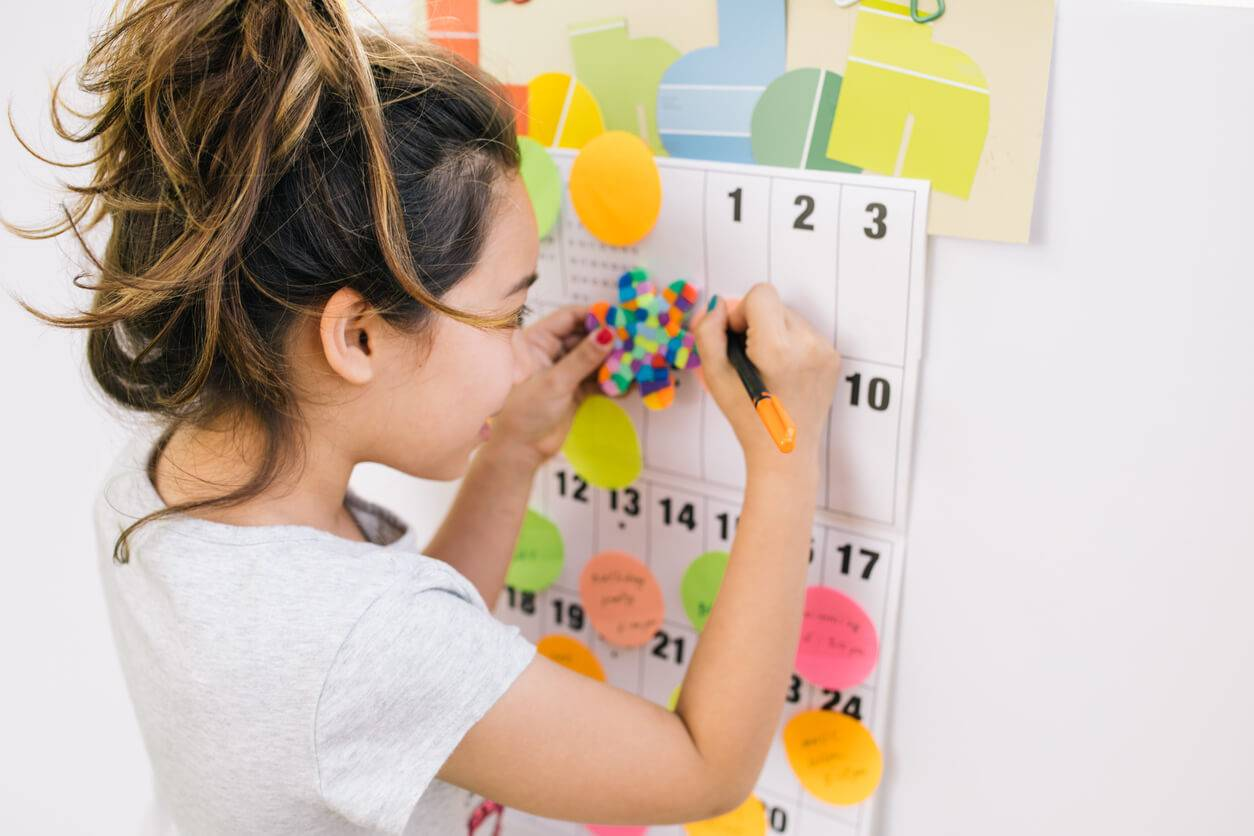 Comment Faire Un Calendrier Fait Maison l'activité enfants du mercredi : le calendrier fait maison