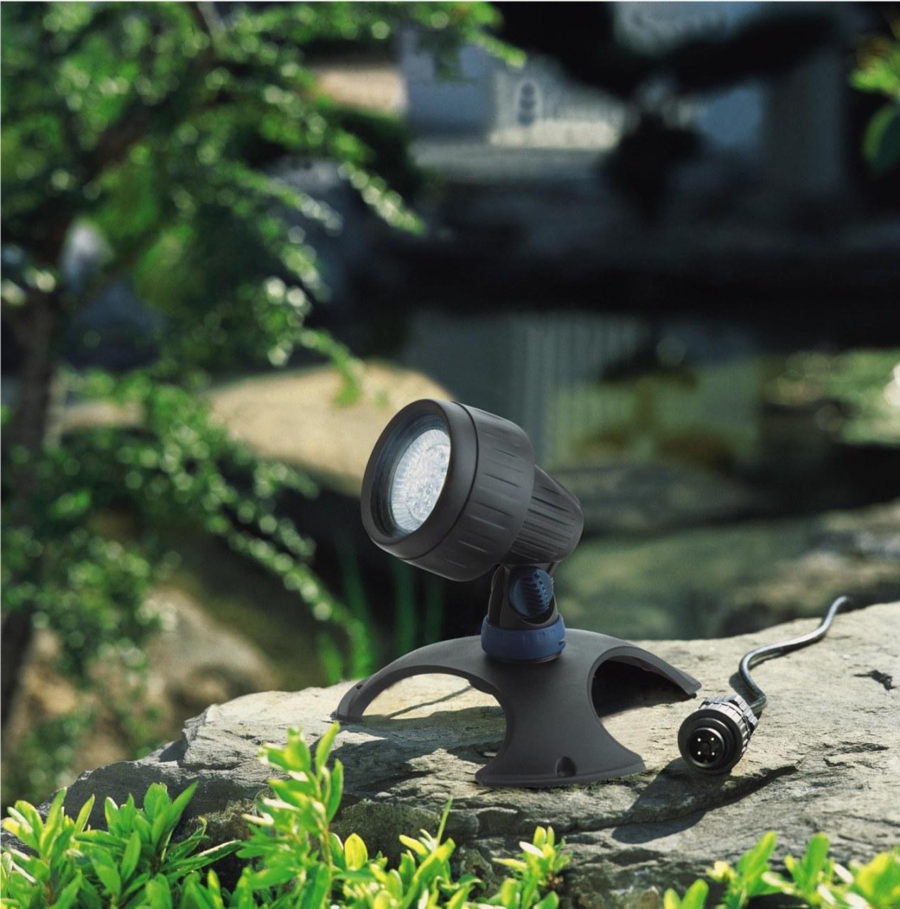 Lampe Solaire Brico ~ Brico dépot bricolage jardinage fontaine levêque