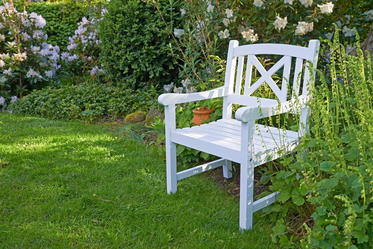 les diff rents types de chaises de jardin design et mat riaux. Black Bedroom Furniture Sets. Home Design Ideas