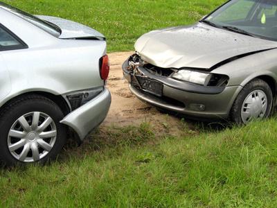 accident de voiture comment faire en sorte de minimiser les risques d 39 accident. Black Bedroom Furniture Sets. Home Design Ideas
