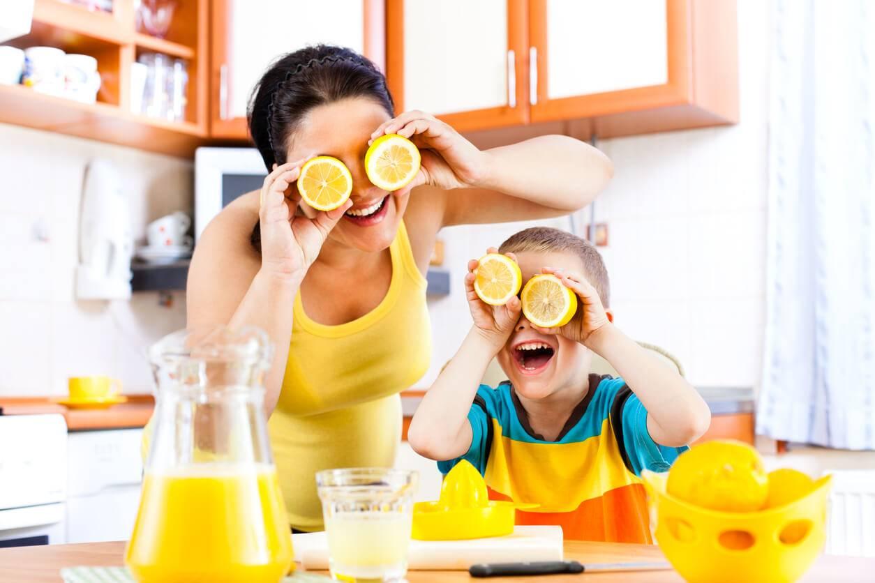 les bienfaits du jus de citron chaud