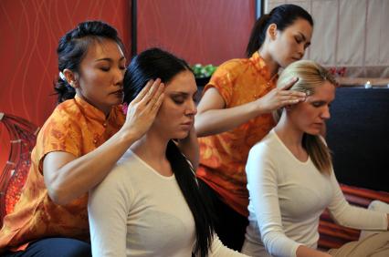 massage thailandais video massages spéciaux