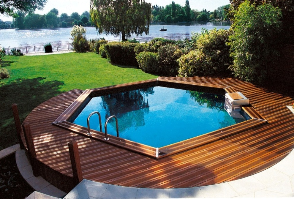 Piscines hors sol les diff rents types for Piscine hexagonale hors sol