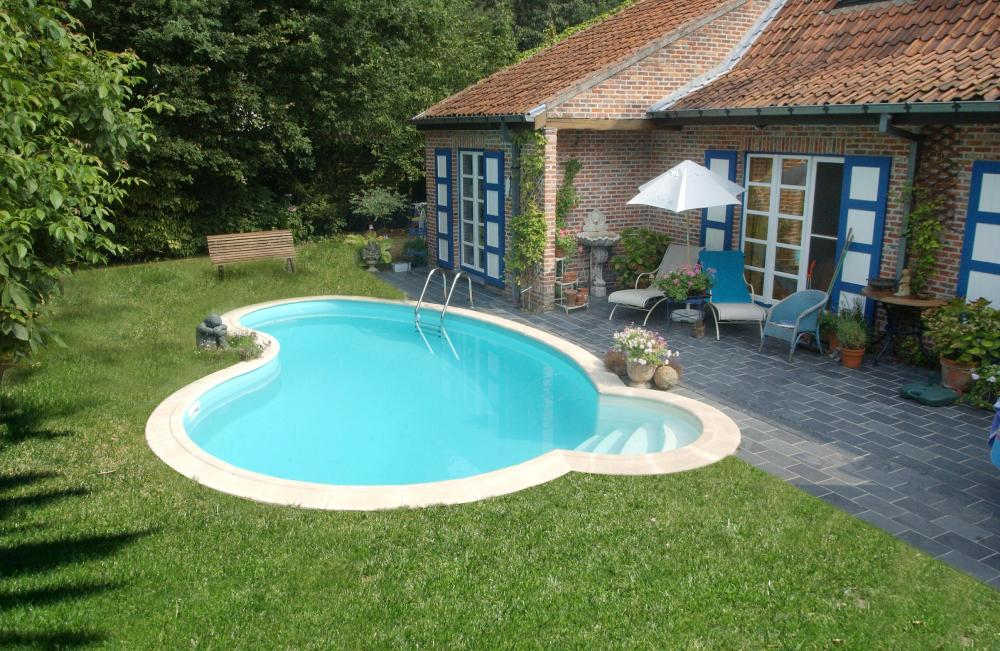 Piscines hors sol les diff rents types for Kit piscine semi enterree