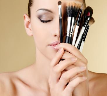 pinceaux de maquillage comment les choisir. Black Bedroom Furniture Sets. Home Design Ideas
