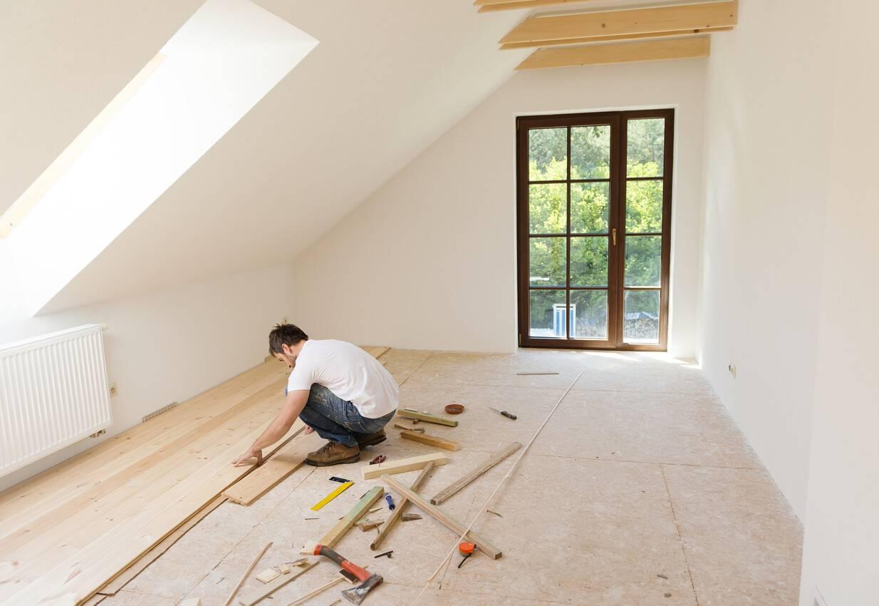 Quelles Finitions Choisir Pour Le Style De Sa Maison Rénovée ? / IStock.com    Halfpoint