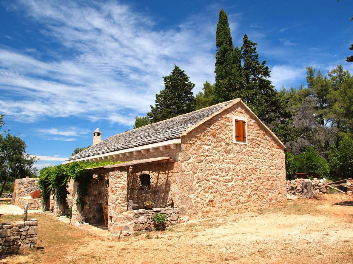 Quelles sont les meilleures solutions pour retaper une for Retaper une vieille maison