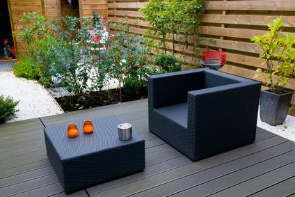 Terrasse bois composite conna tre les rev tements en for Modele de terrasse en bois