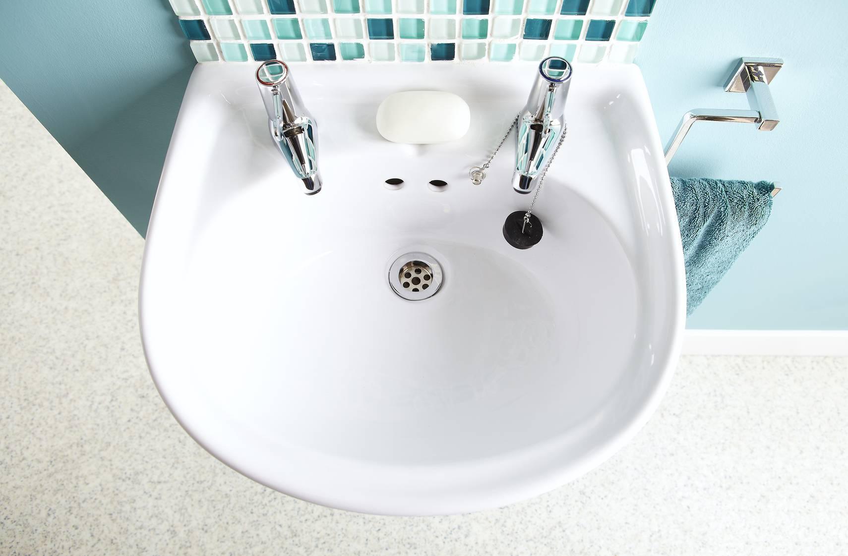 Remplacer un lavabo mat riaux n cessaires et d marches - Remplacer mitigeur lavabo ...