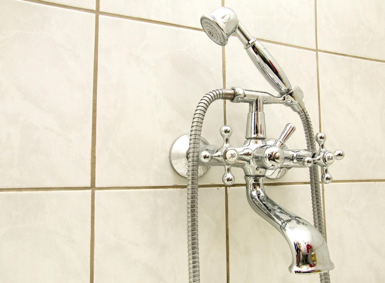 Robinet style ancien robinet salle de bain ancien de for Lavabo salle de bain style ancien