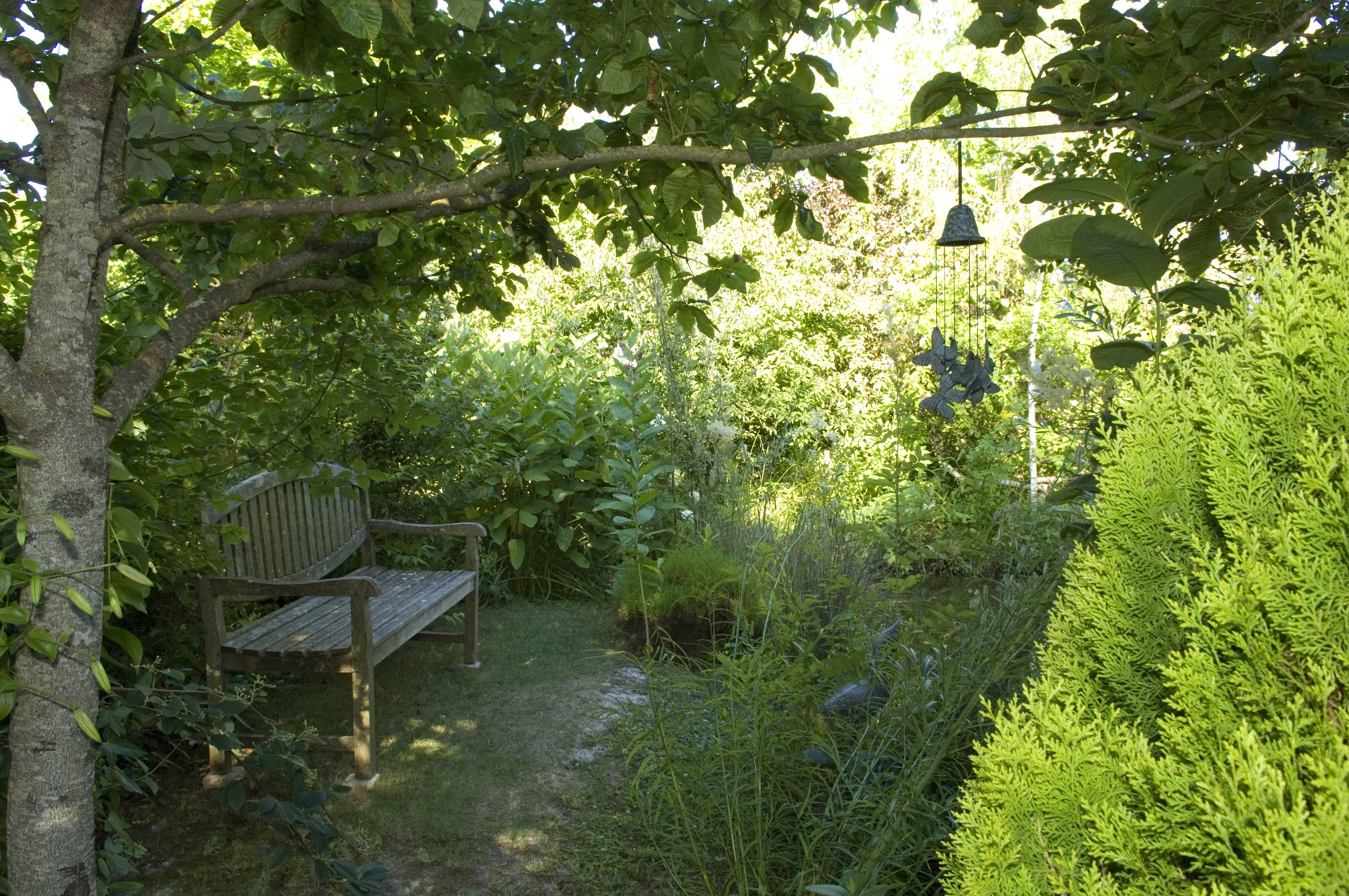 jardin l 39 ombre c hochet jardin du clos de la charmille