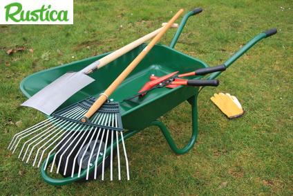 Outils de base pour jardiner for Entretien materiel jardinage