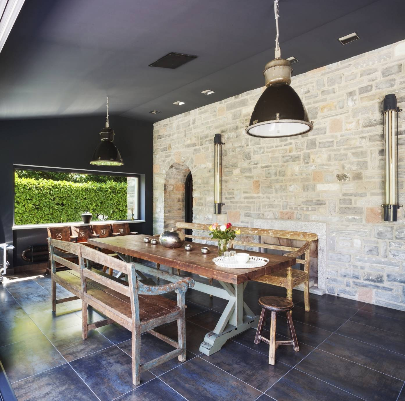 des id es pour meubler et d corer votre salle manger. Black Bedroom Furniture Sets. Home Design Ideas