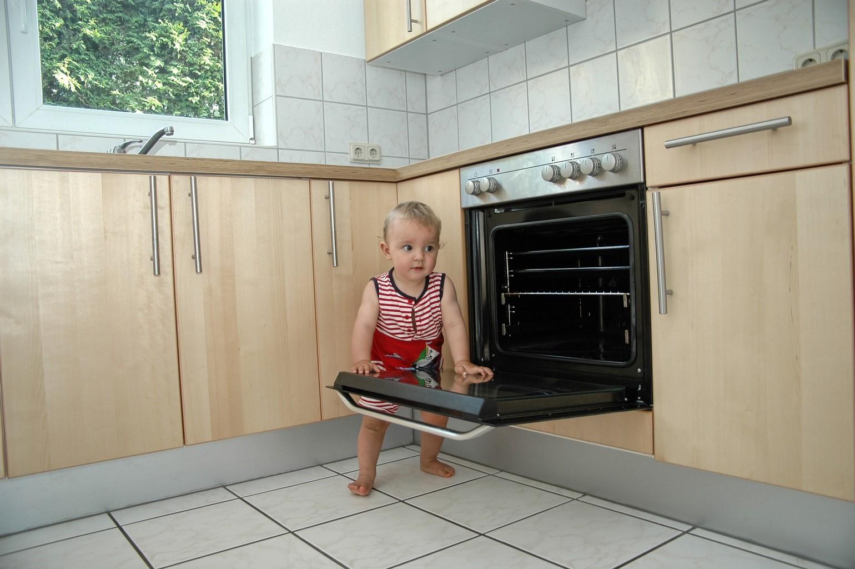 10 gestes pour assurer la s curit de vos enfants la maison - Securite enfant fenetre ...