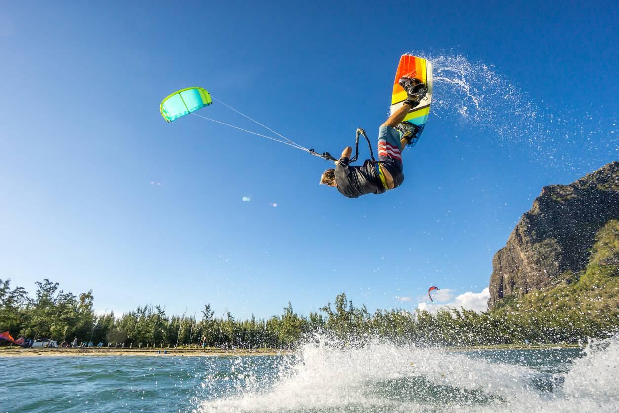sports extr mes tout savoir sur le kitesurf. Black Bedroom Furniture Sets. Home Design Ideas