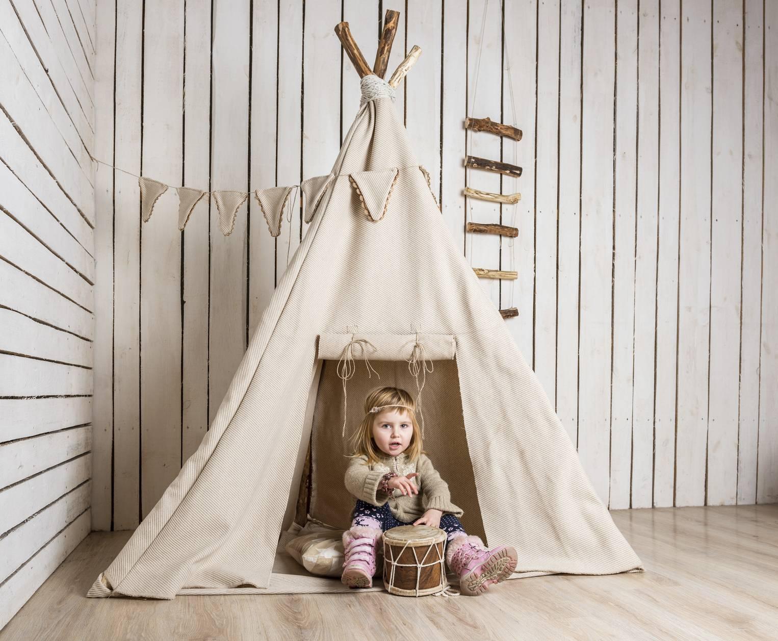 comment fabriquer une tente de jeux int rieure pour vos enfants. Black Bedroom Furniture Sets. Home Design Ideas