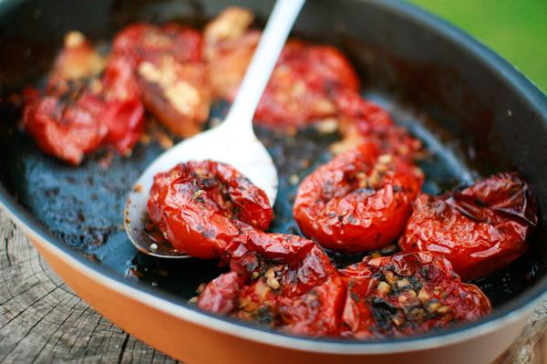 Tomates provençales confites au four