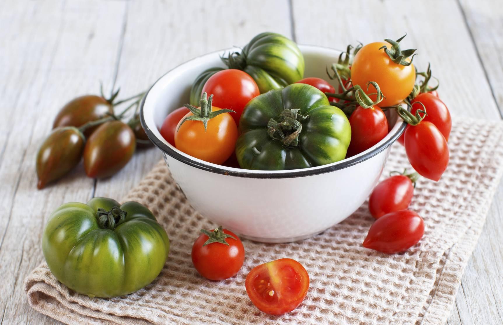 jardin quelles vari t s anciennes de tomates planter dans votre potager. Black Bedroom Furniture Sets. Home Design Ideas