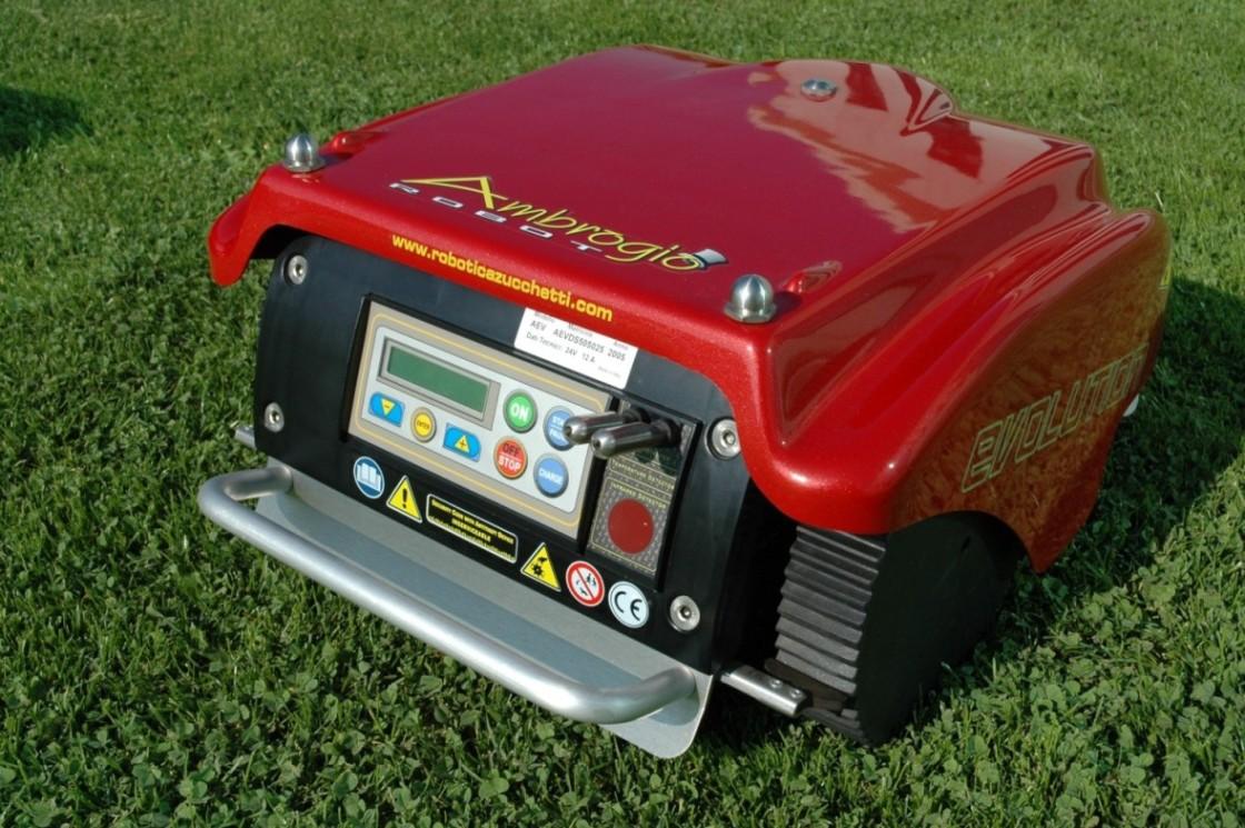 Tondeuse robot good robomow rc robot tondeuse gardena rli with tondeuse robot stunning - Comparatif robot tondeuse ...