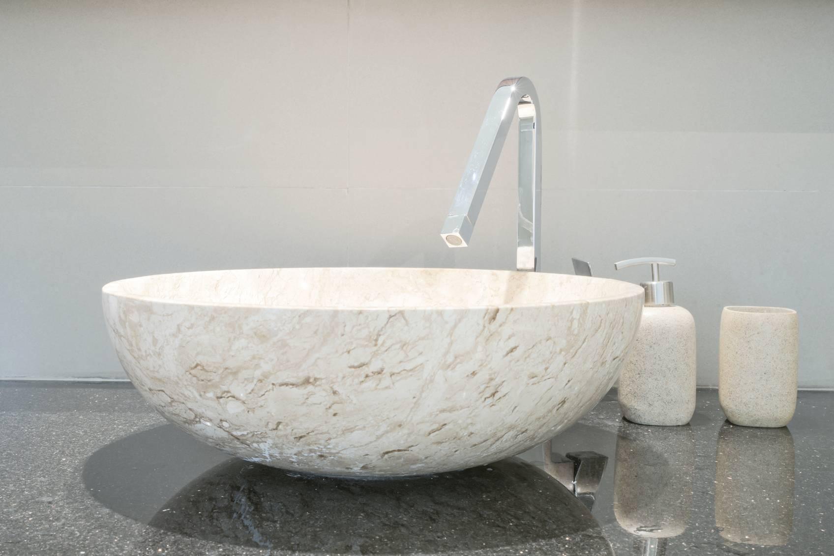 changer un lavabo pour une vasque. Black Bedroom Furniture Sets. Home Design Ideas